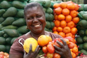 microloan-women-holding-fruit